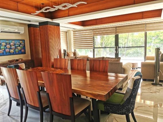 Ayala Alabang Three Level House With Elevator For Sale