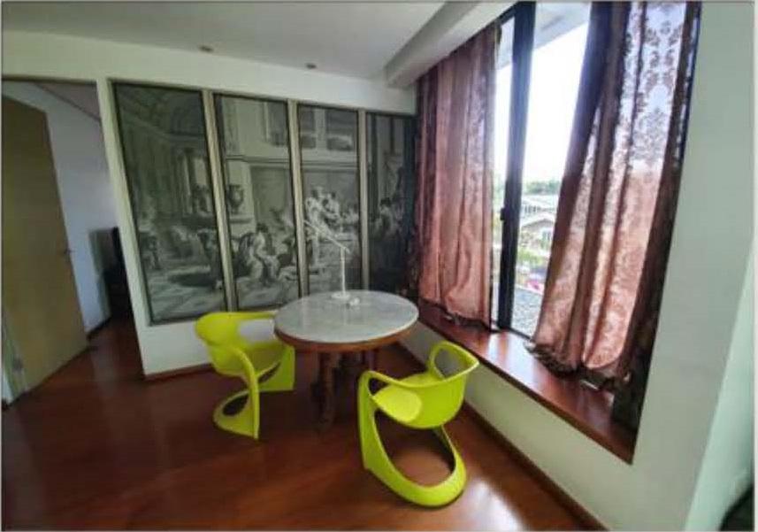 Ayala Alabang Modern Tropical House For Sale