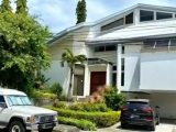 AYALA ALABANG HOUSE FOR SALE WITH LOT VALUE ONLY!